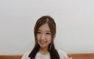 Jin Ju Shin review cuốn sách học tiếng Hàn thật là đơn giản